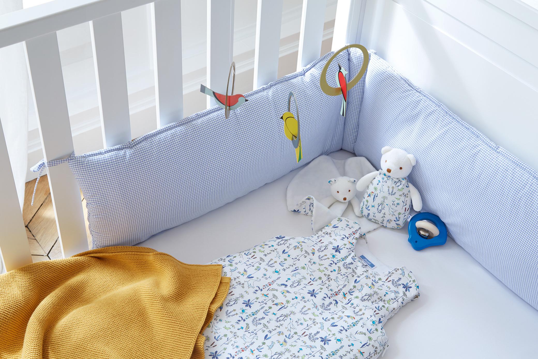 tour de lit garcon